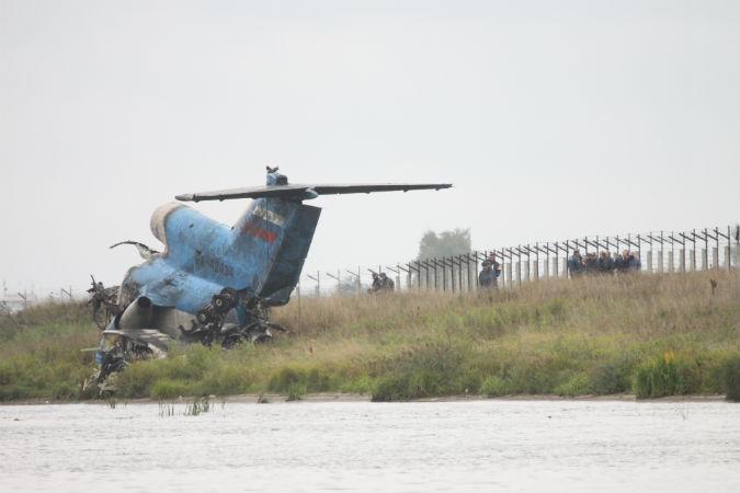 о падении самолета Як-42 с